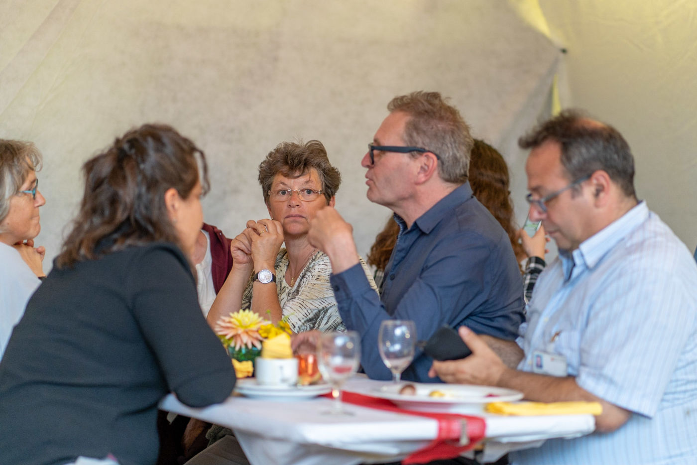 Gemütliches Sommerfest in der Wohngruppe Niederdorf | inclusio plus News · Arbeiten und Wohnen mitten in der Gesellschaft